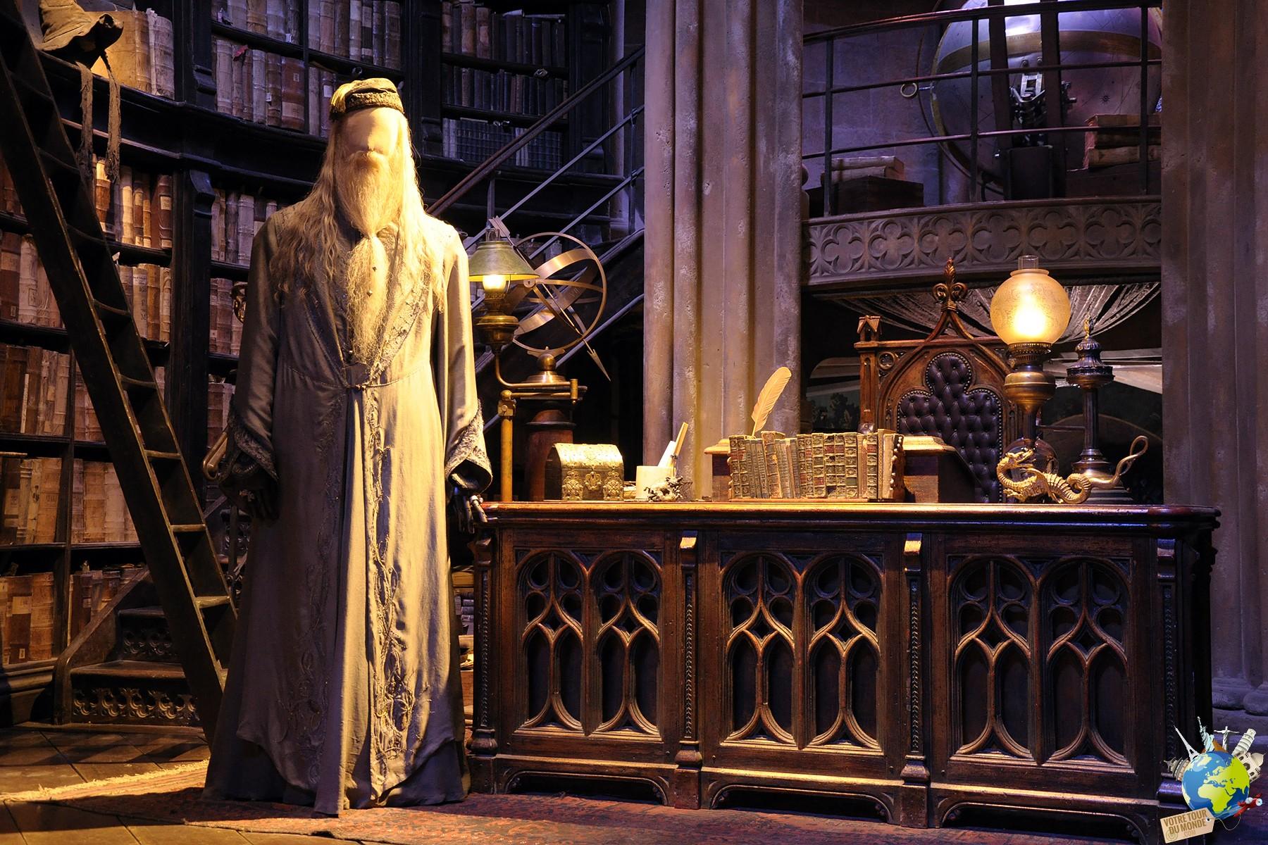 Les décors et costumes du film sont tous dans le parc d'attraction Harry Potter