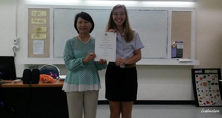 L'obtention de mon diplôme de Thaïlandais à l'université de Chiang Mai