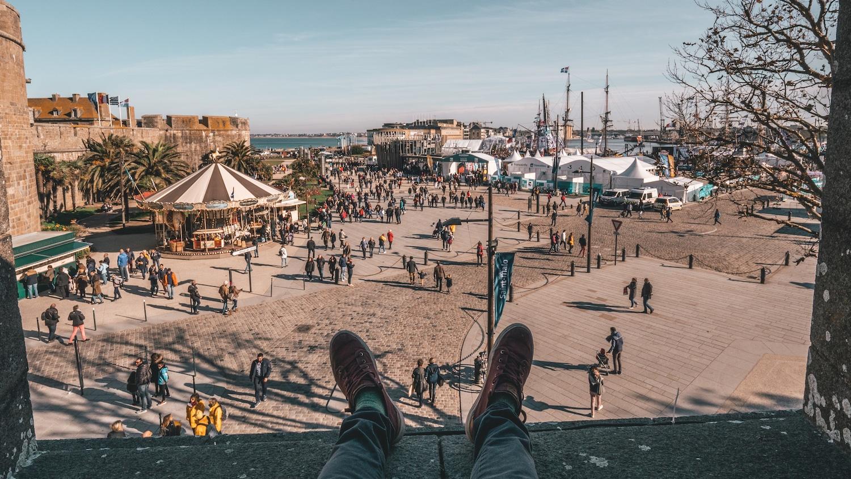 la vue sur le port de saint malo