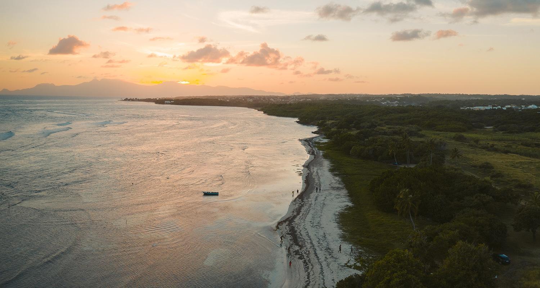 La plage du Bois Jolan Guadeloupe