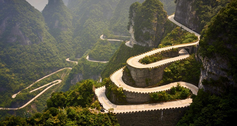 Les plus belles routes du monde - la route de Tianmen dans les montagnes