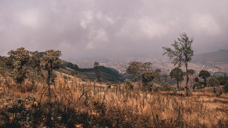 le début de l'ascension du volcan de Acatenango