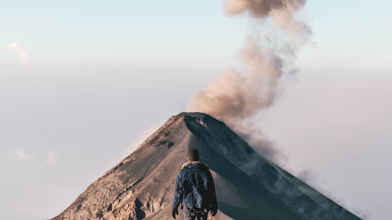 Le volcan el fuego depuis le volcan d'acatenango