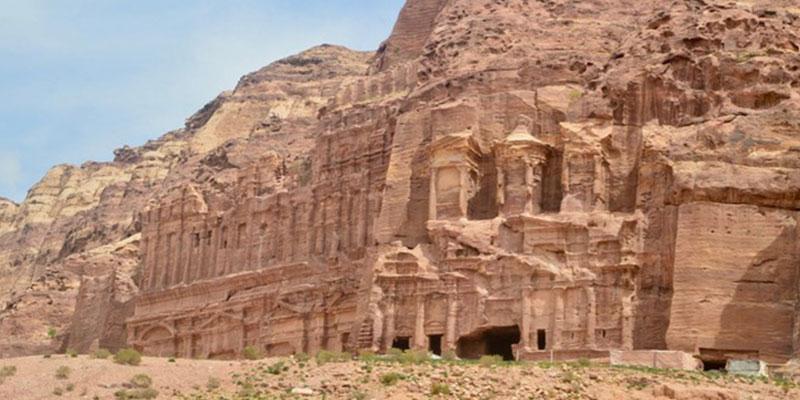Petra pour visiter la jordanie